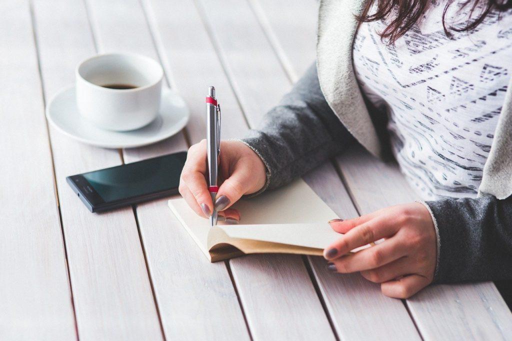 Encontrar-la-idea-de-su-novela-escribir
